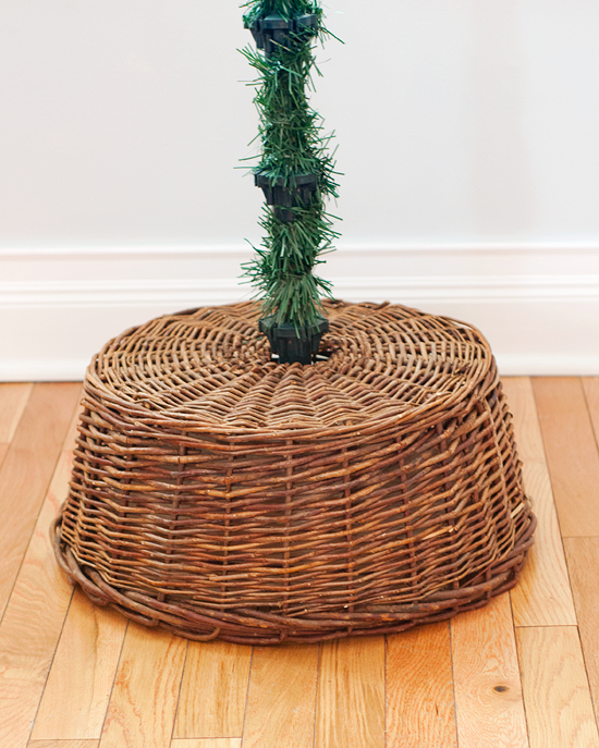 A Simple Tree Skirt Alternative Christmas tree stand diy