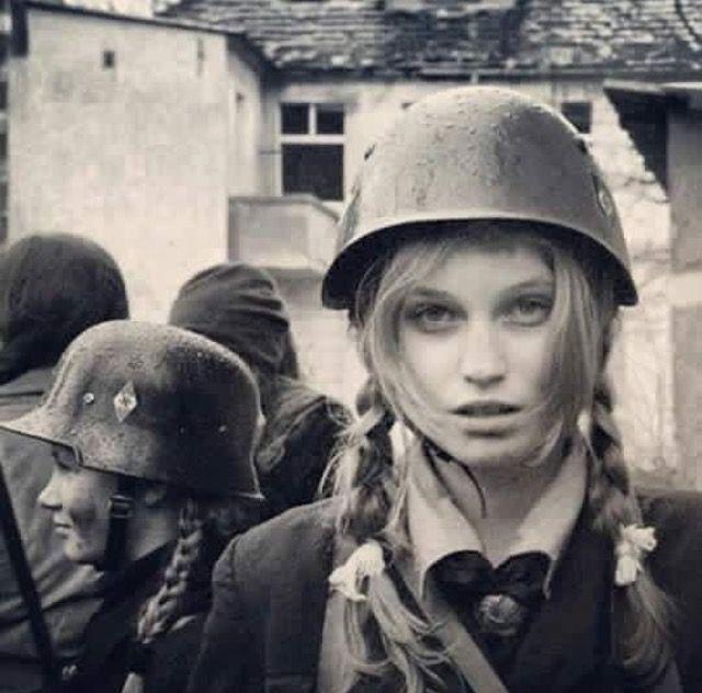 german women soldiers Female