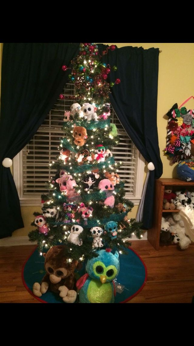 My Kids Beanie Boo Christmas Tree In Her Playroom Me I Need To Do This To My Tree Beanie Boo Birthdays Beanie Boo Party Beanie Boos