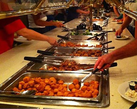 Look Here For The Top Seafood Buffets Along Grand Strand Myrtlebeach Myrtle Beach Food Drink Pinterest Buffet Sc And