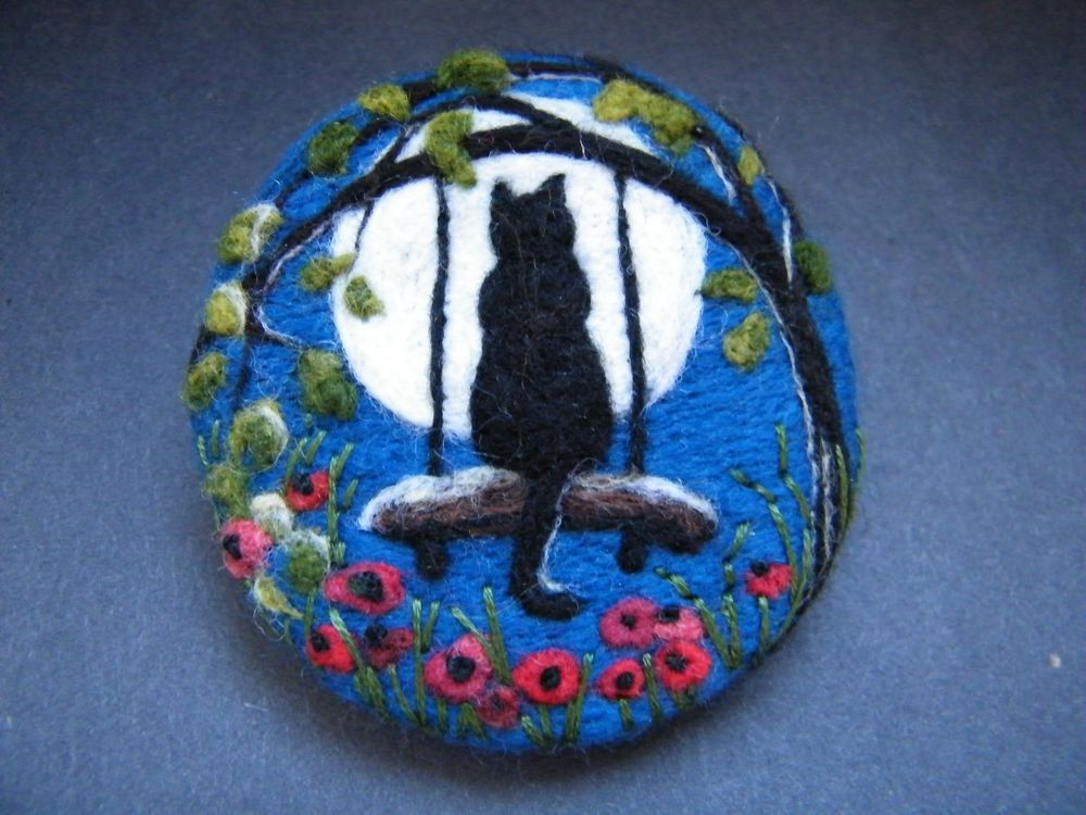Handmade needle felted brooch/Gift   Swinging in the Moonlight    by Tracey Dunn #needlefeltedcat