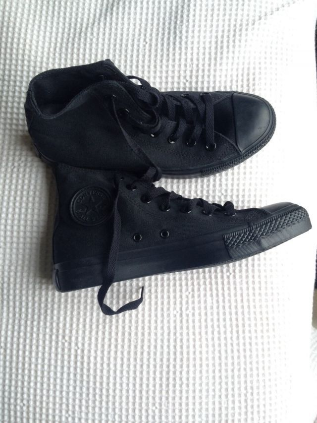 ffcea7ab392a Black high top converse size 7.5 8 (not 100% sure haven t tried them on) -   50