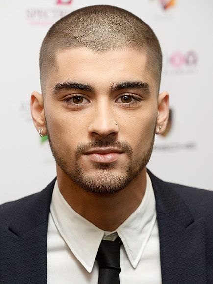10676b02f Zayn Malik Makes First Public Appearance Since Leaving One Direction (with  a Shaved Head!) | Sexy Men | Zayn, One direction zayn malik, Zayn malik