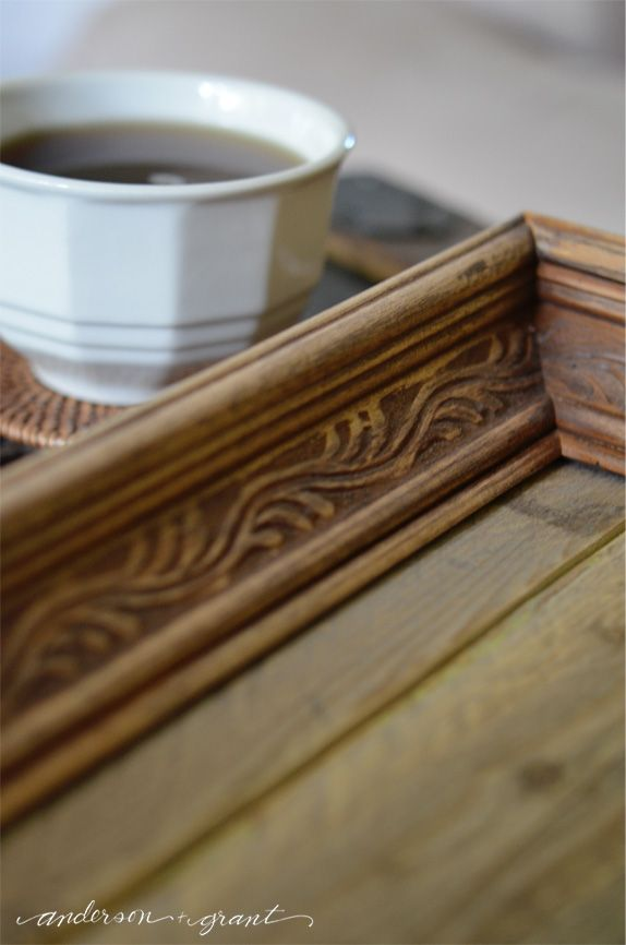 Bricolaje de madera reciclada Bandeja |  www.andersonandgrant.com