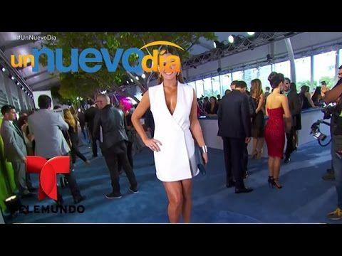 Los mejores vestidos de la alfombra azul de Premios Tu Mundo | Un Nuevo Día | Telemundo - YouTube