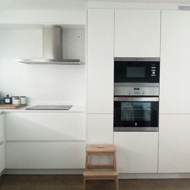 Cocinas Sisan   White Kitchen From Sisan Cocinas Kitchens Pinterest Kitchens