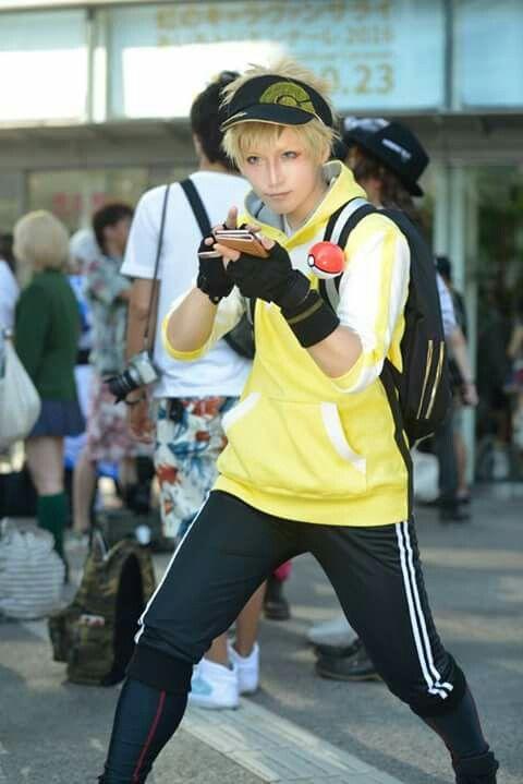 Pokemon go trainer cosplay