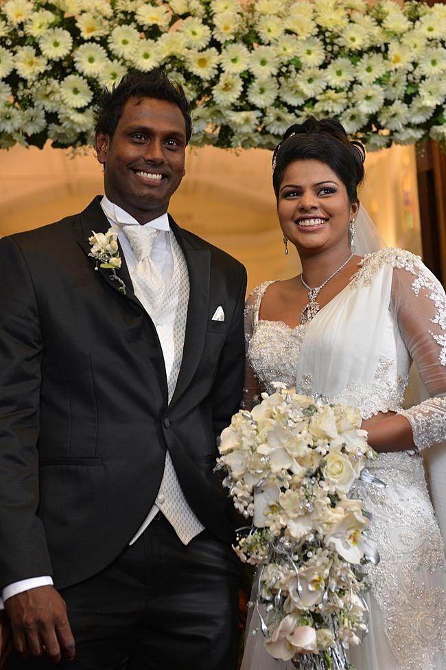 Image Result For Sri Lankan Brides In Church Wedding Bride Wedding Bride Wedding