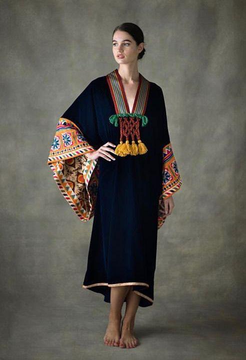 4d6aa04defff Pin από το χρήστη maria domnaki στον πίνακα spring-summer wardrobe ...