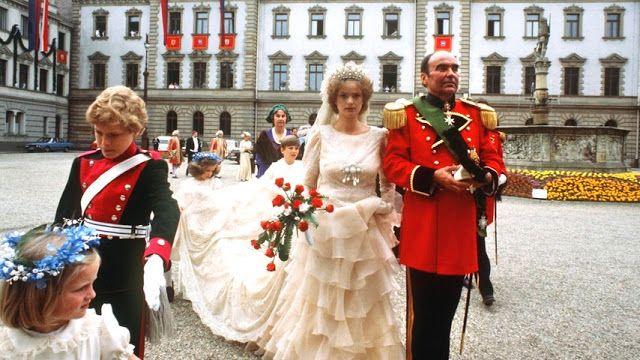 Royalty Pomp The Wedding Royal Brides Royal Weddings Bride