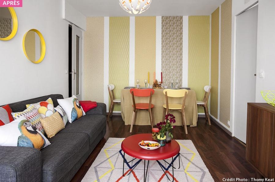Dans Les Grandes Maisons Classiques Un Salon Est Souvent Un Petit Espace De Vie Prive Adjacent A Une Chambre A Couc Home Decor Bedroom Design