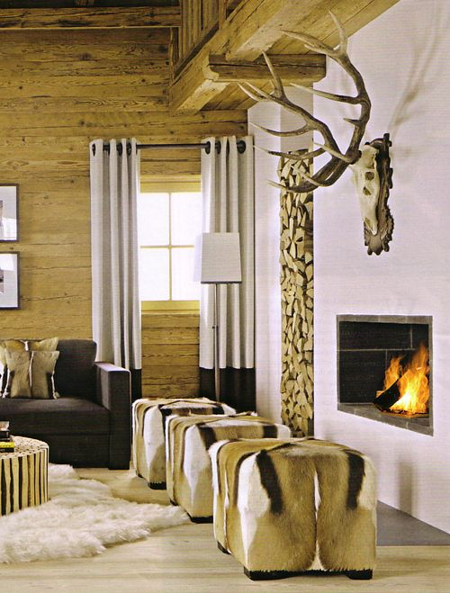 Wohnzimmer mit holz, kamin und sofa in grau Wohnzimmer Pinterest - wohnzimmer deko wand