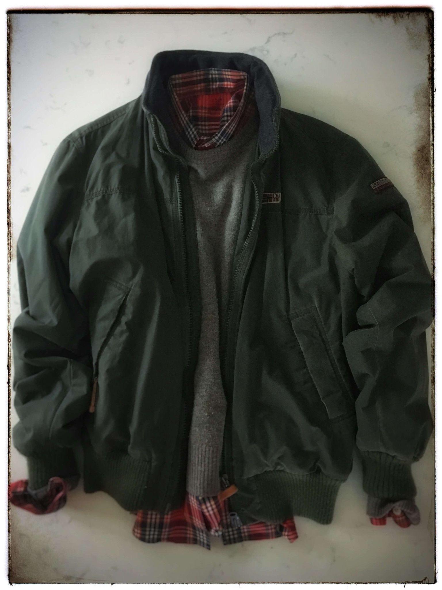 Menus vintage napapijri bomber jacket with fleece lining size