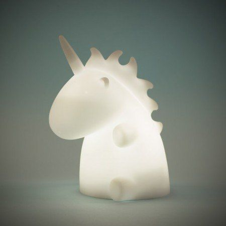 luminárias em formatos diferentes http://www.firebox.com/product/7086/Uni-The-Unicorn-Night-Light?aff=512&awc=550_1439228986_52b5f28b8379418b3bd9be62ae1e664e&utm_source=AffiliateWindow&utm_medium=Affiliates&utm_content=Skimlinks&utm_campaign=TextLink