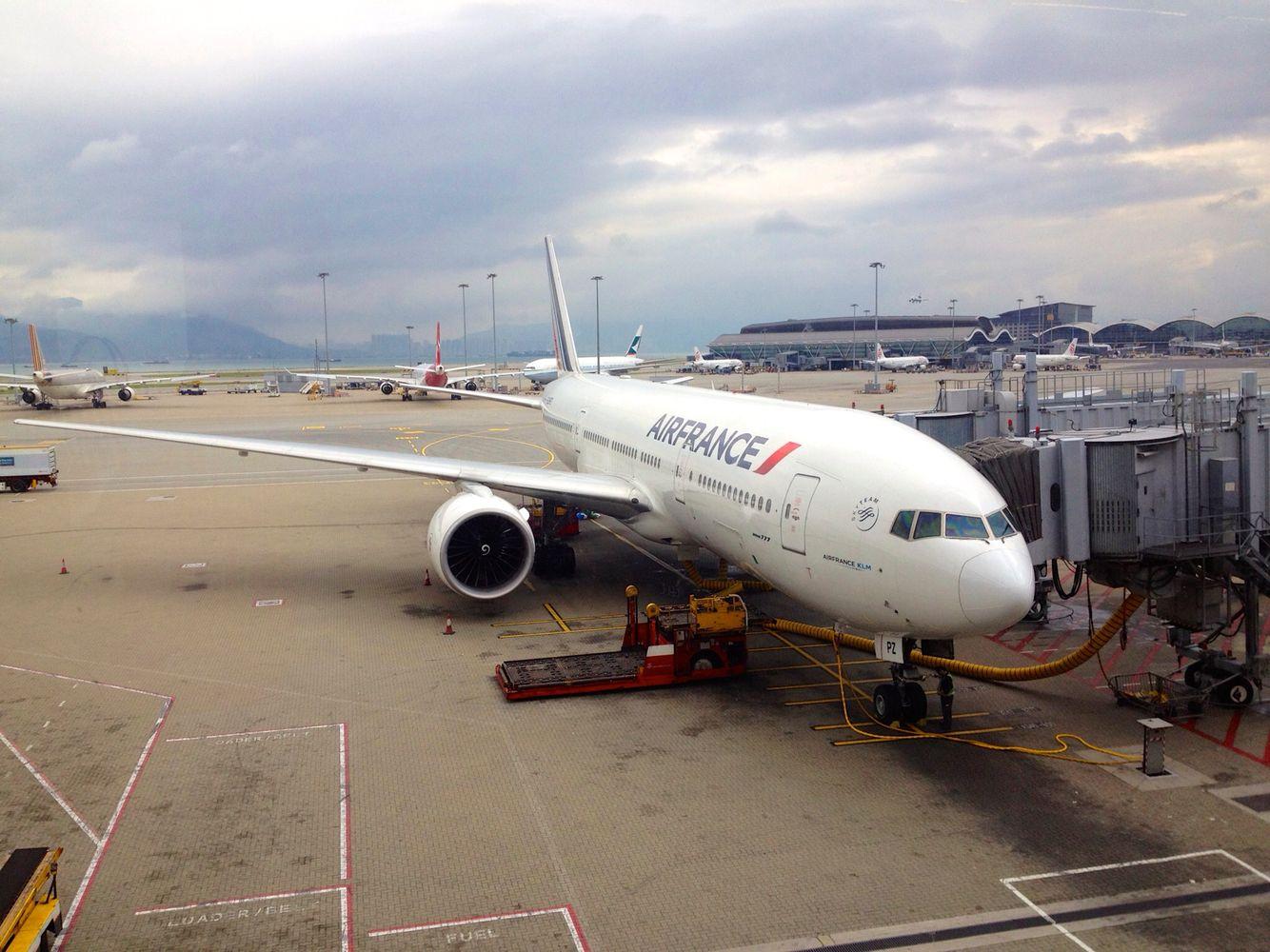 Air France Boeing 777300 HKG Hong Kong 飛行機