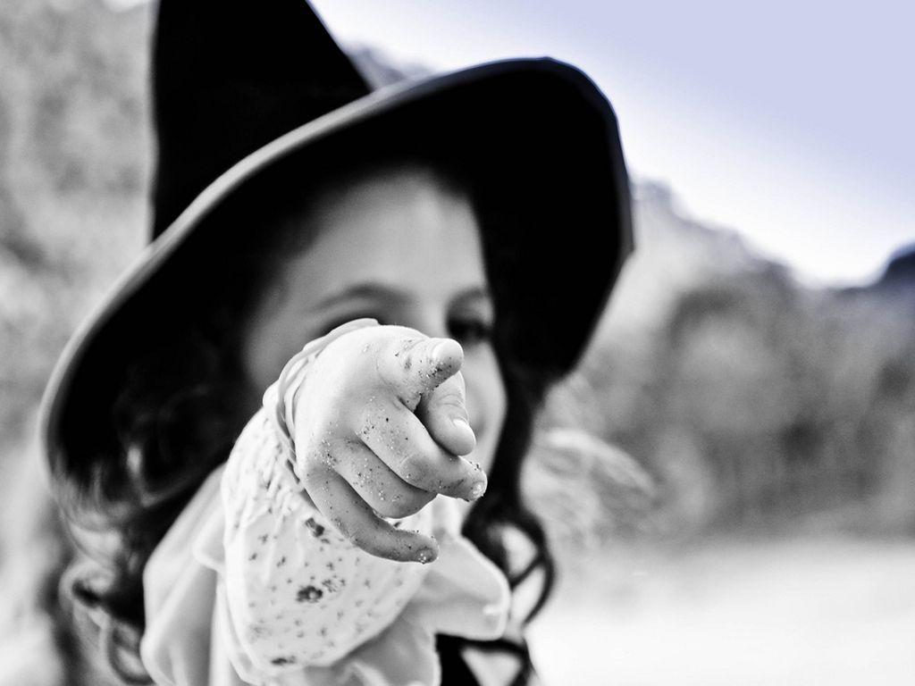 Ecole des sorciers retrouvez les ingr dients d une potion magique et sa formule magique au fil - Jeux de sorciere potion magique gratuit ...