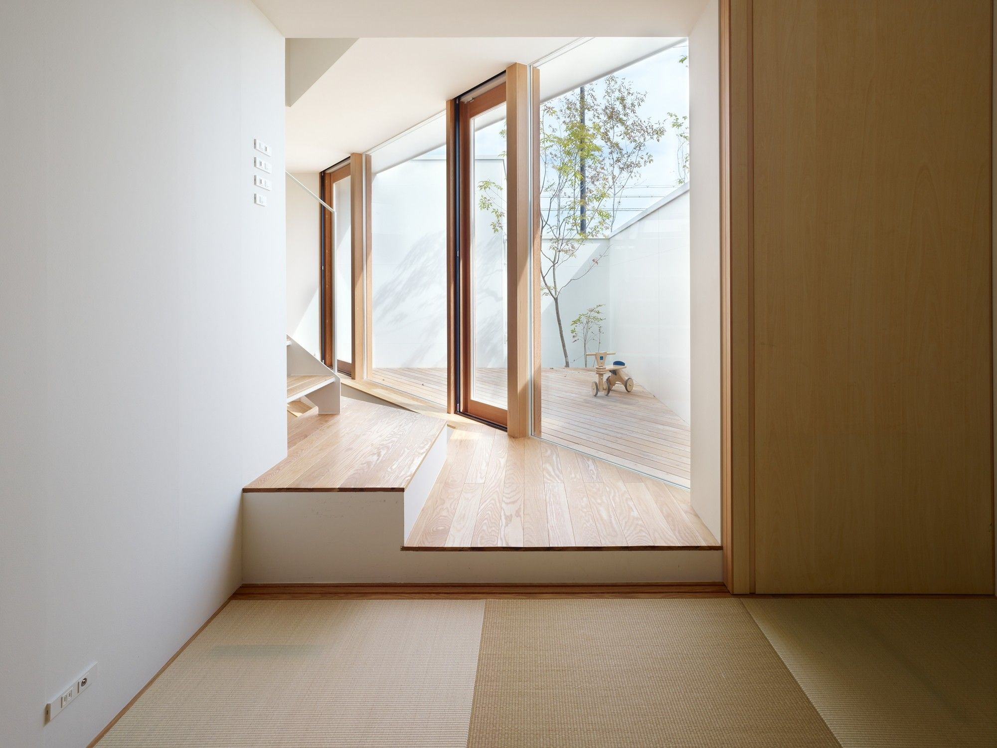 Gallery of House in Minoh / Fujiwarramuro Architects - 11