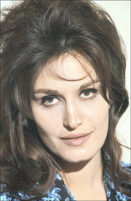 More 1960's Fashion: Get The Makeup Look Of Dalida | Egyptian Beauty, Arab  Beauty, Vintage Hairstyles