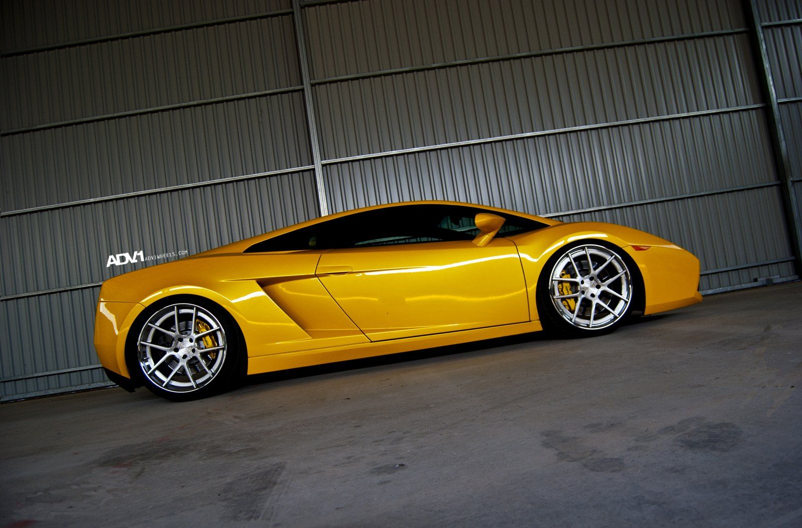 Exclusive style meets performance - Lamborghini Gallardo by ADV1 #lamborghinigallardo