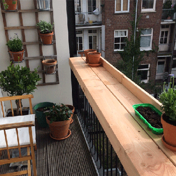Barthingy for on a balcony pretty and semi useful diy for Diy balcony bar