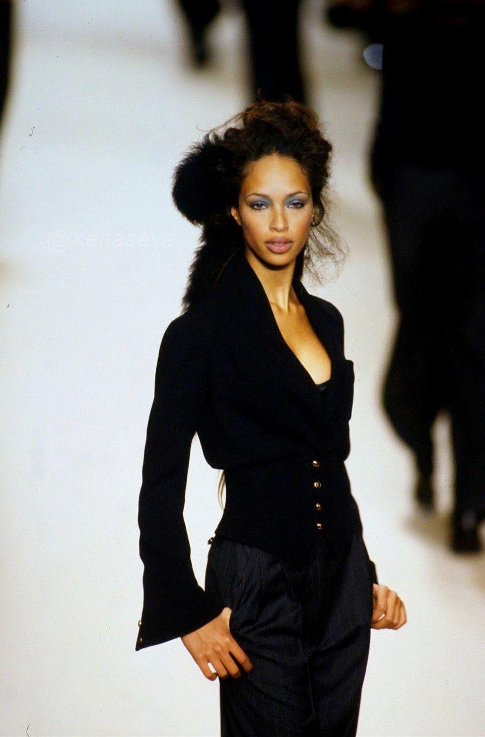 BRANDI QUINONES in 2019 | Fashion, Fashion design, Peplum dress