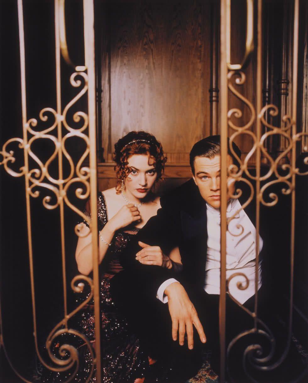 Kate Winslet & Leonardo DiCaprio in Titanic