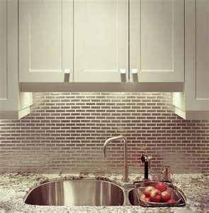 Alaska White Granite Backsplash