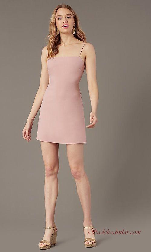 2020 Abiye Modelleri Ve Gece Elbiseleri Pudra Mini Ip Askili Duz Yakali Elbise The Dress Elbise Modelleri