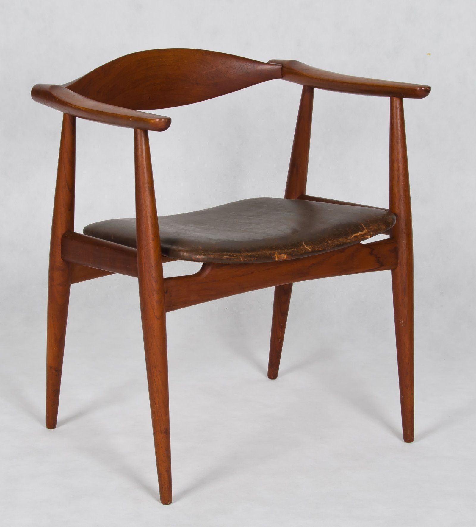 Teak and leather armchair, model CH35, by Hans Wegner