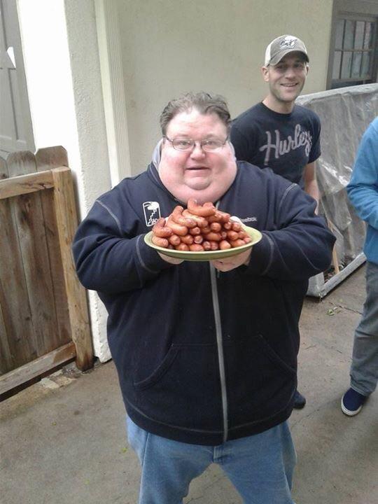 PsBattle: Man with tray of hotdogs