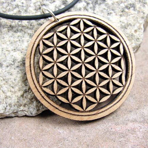 Bohemian Jewelry Wooden Pendant Seed of Life Symbol The heart of Flower Of Life Sacred Geometry Jewelry Laser Cut Pendat with Quartz