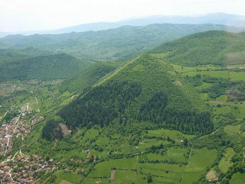Carbon dating Bosnische Piramidegratis online dating site Thailand