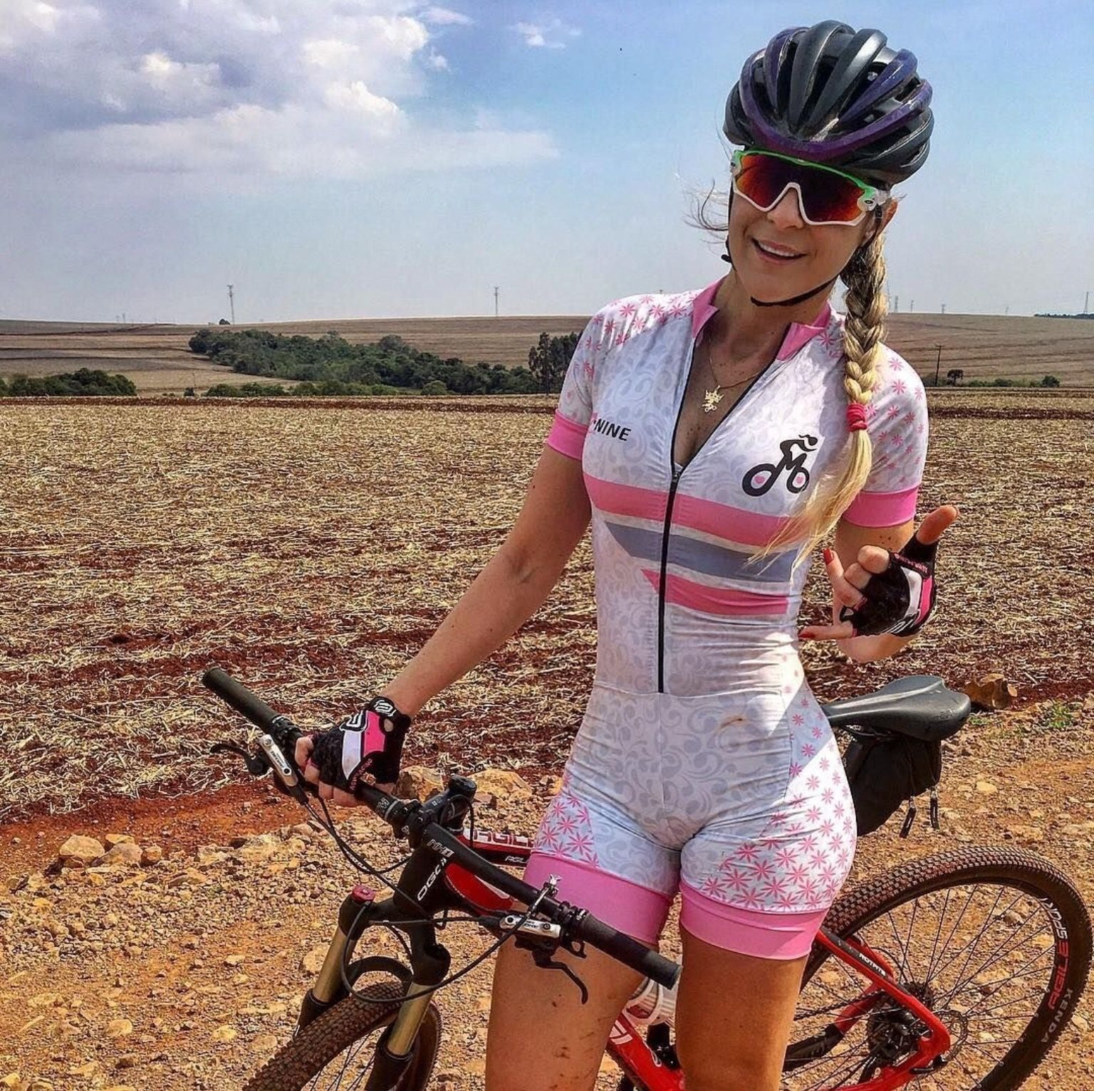 Pin by Big Pete on Cycling | Cycling girls, Cycling outfit