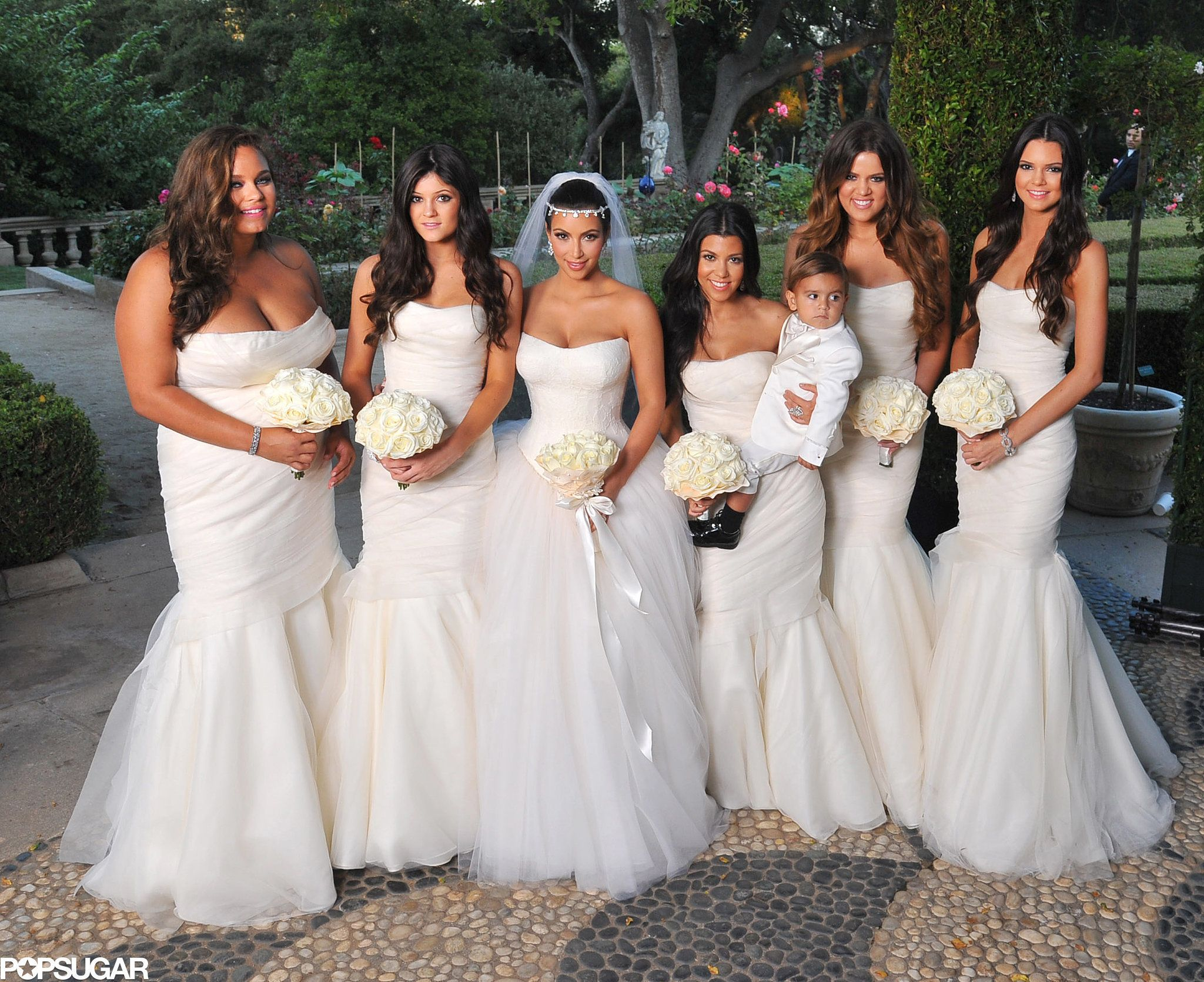 Kim Posed With Her Bridesmaids Sisters Khloe And Kourtney