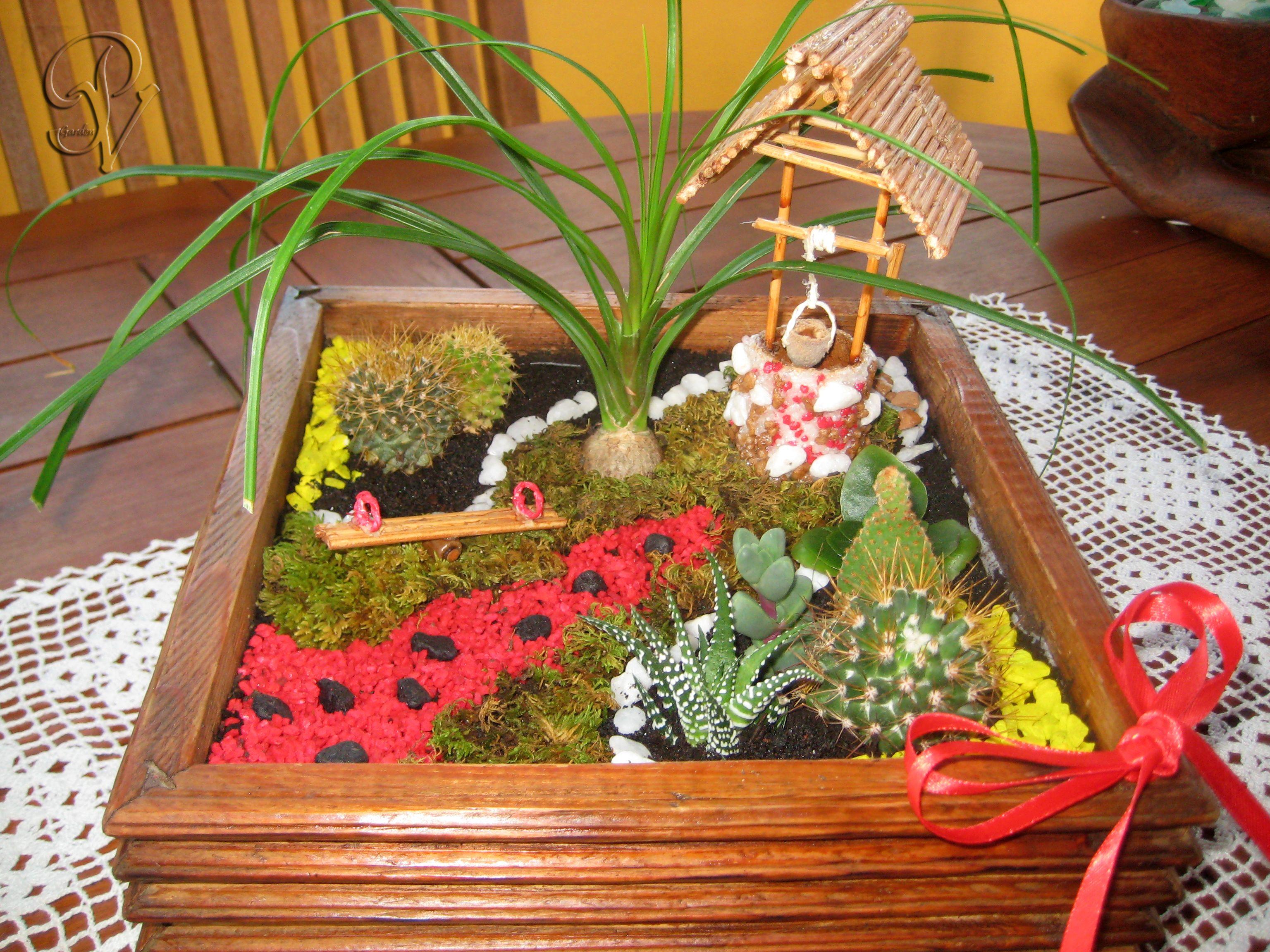 Il pozzo dei desideri giardino in miniatura creazioni for Creazioni giardini