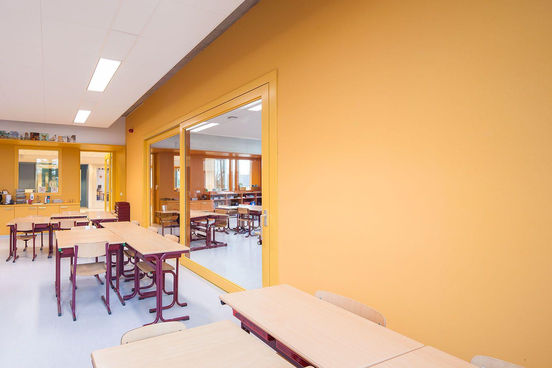 Basisschool de Bunders Oisterwijk  Holland    COLORS