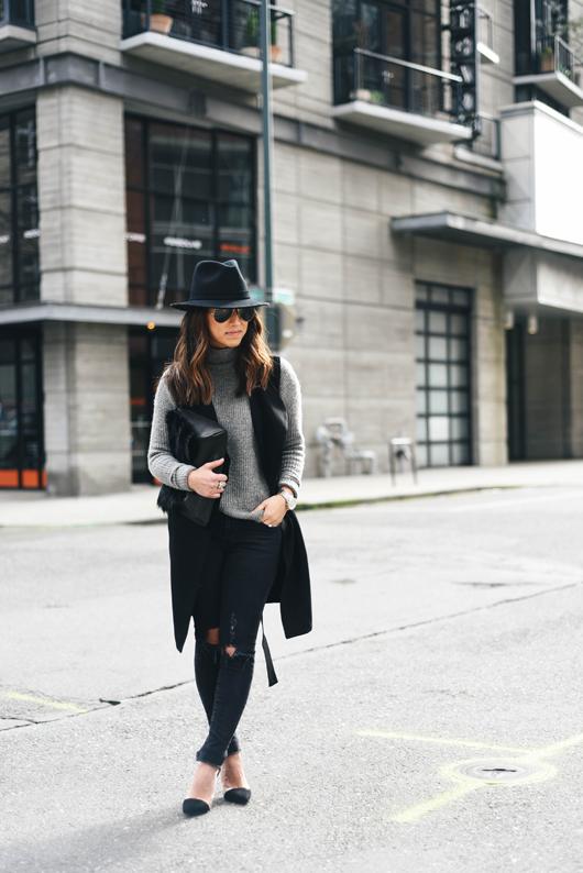 3c843d32f3f Sleeveless Trench Coat | style | Sleeveless trench coat, Fashion ...