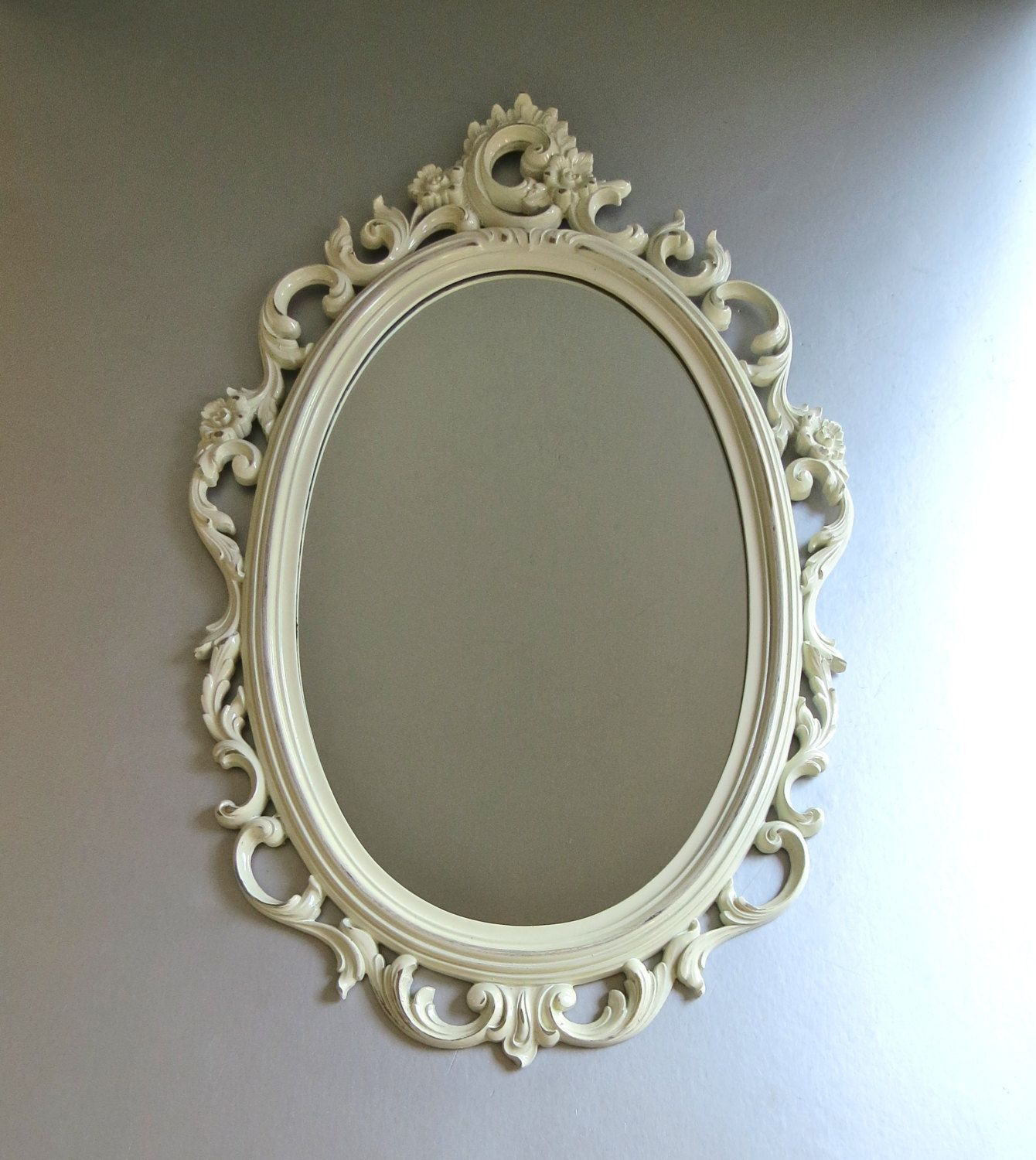 Vintage Syroco Mirror White Mirror Ornate Mirror Fancy Mirror Shabby And Chic Cottage Chic Hollywood Reg White Vintage Mirror Fancy Mirrors Etched Mirror