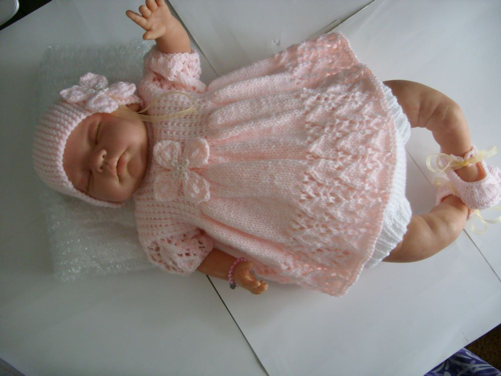 1c84a3464462 Hand Knitted Dolls Clothes to fit a 20-22 Reborn Baby Doll or 0-3Mth ...