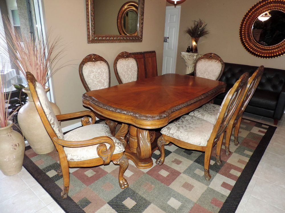 Aico Paradisio Michael Amini S Nine Pc Dining Room Collection We