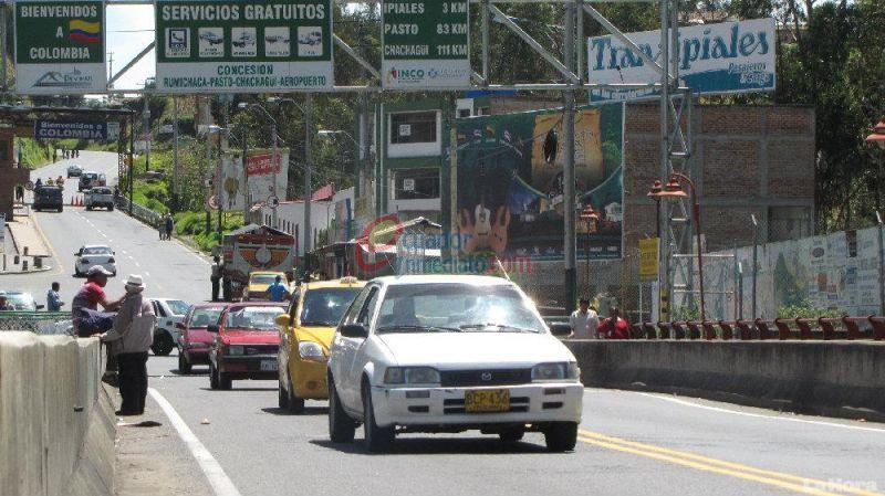 """IPIALES """"Vehículos particulares no podrán cruzar frontera entre Ecuador y Colombia por Día sin Auto en Ipiales"""" ::(ECUADOR INMEDIATO - 28 JUL 2015)."""