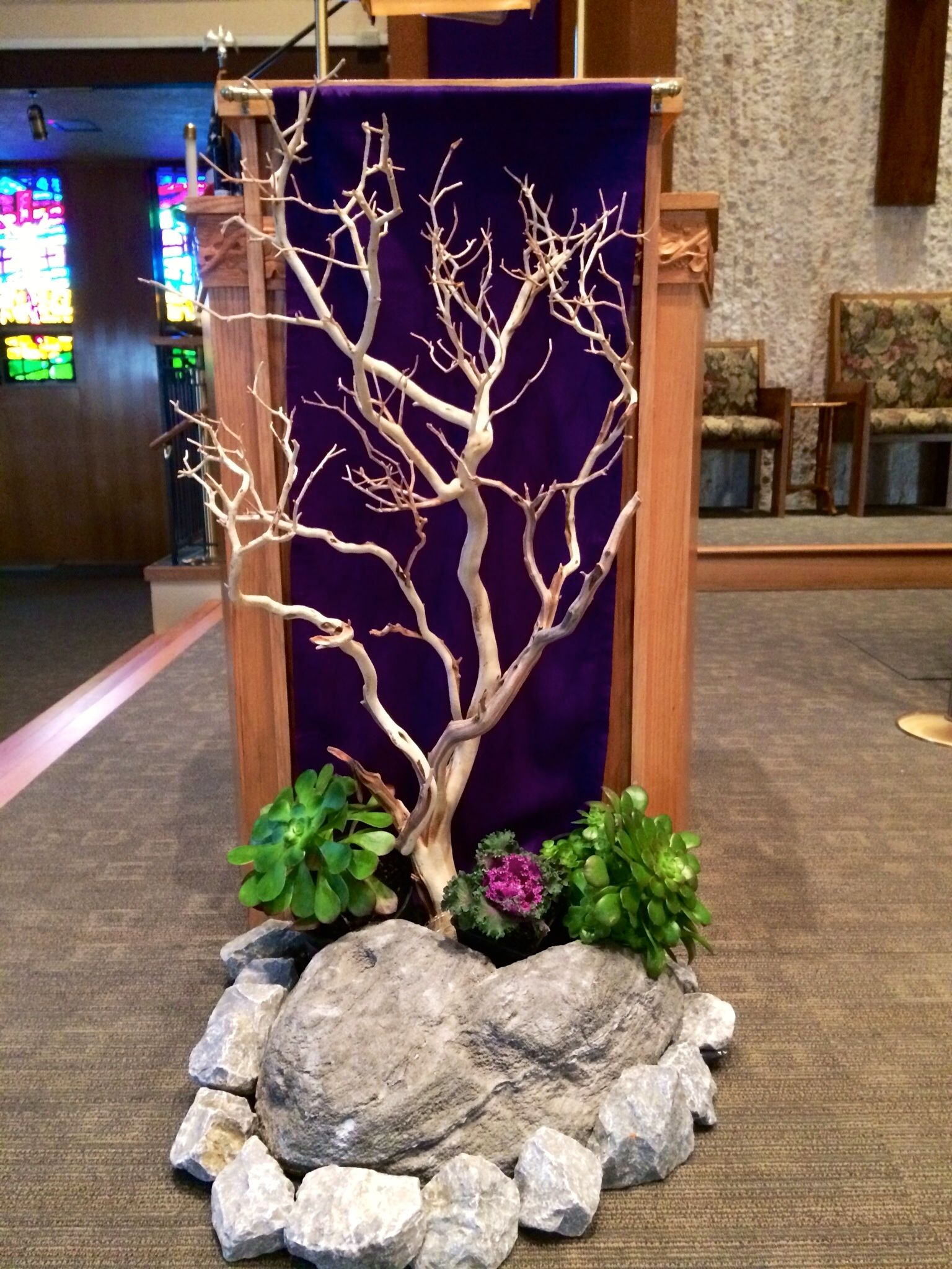 Holy spirit church lent 2014 church decor pinterest for Altar decoration ideas