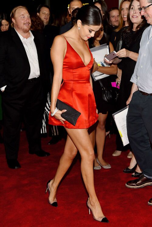 95d8295e54c Selena Gomez attends the Rudderless premiere in Los Angeles on October 7