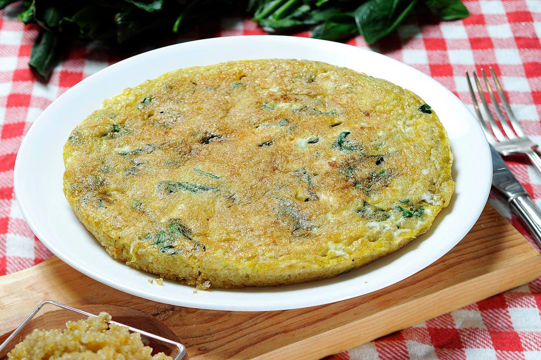 Tortilla de huevo con espinacas y quinoa  Receta vegetariana  Cocina  Quinoa Food y Ethnic recipes