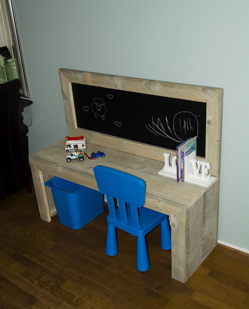 Kinderspeeltafel Steigerhout I Love This And So Would My Little Man Kinder Speeltafel Luca