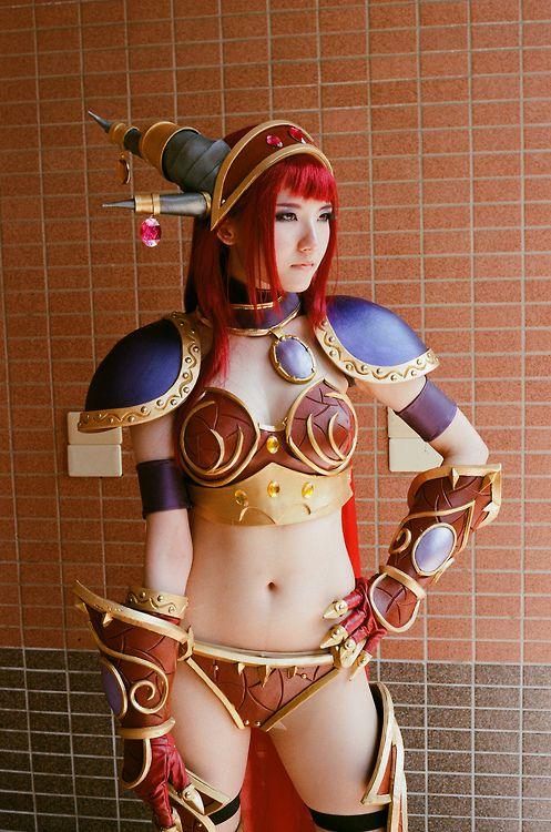 Sexy world of warcraft cosplay