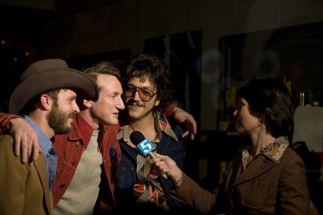 Account Suspended Sean Penn Diego Luna Actors