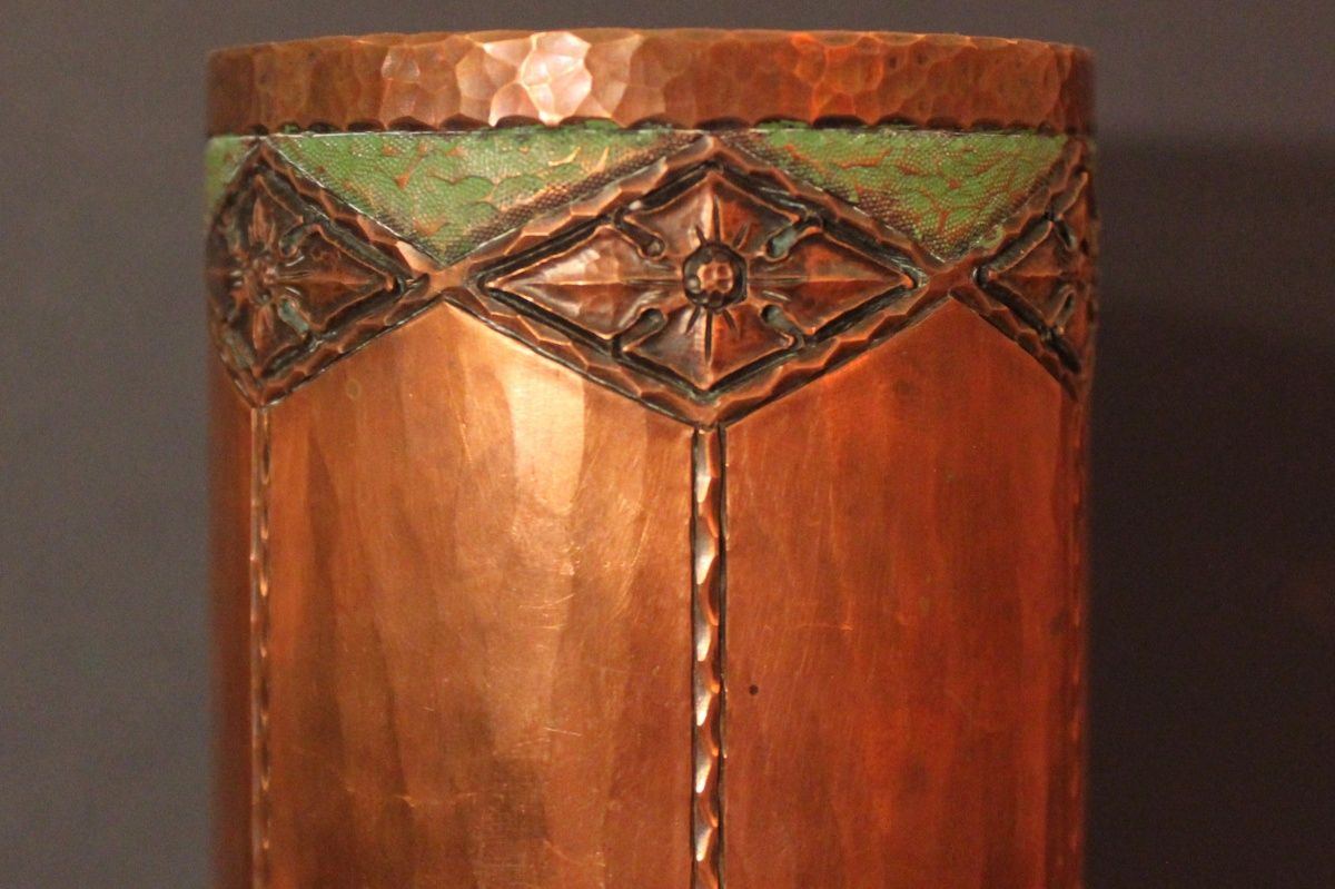 Antique roycroft hammered copper vase the arts and crafts antique roycroft hammered copper vase reviewsmspy