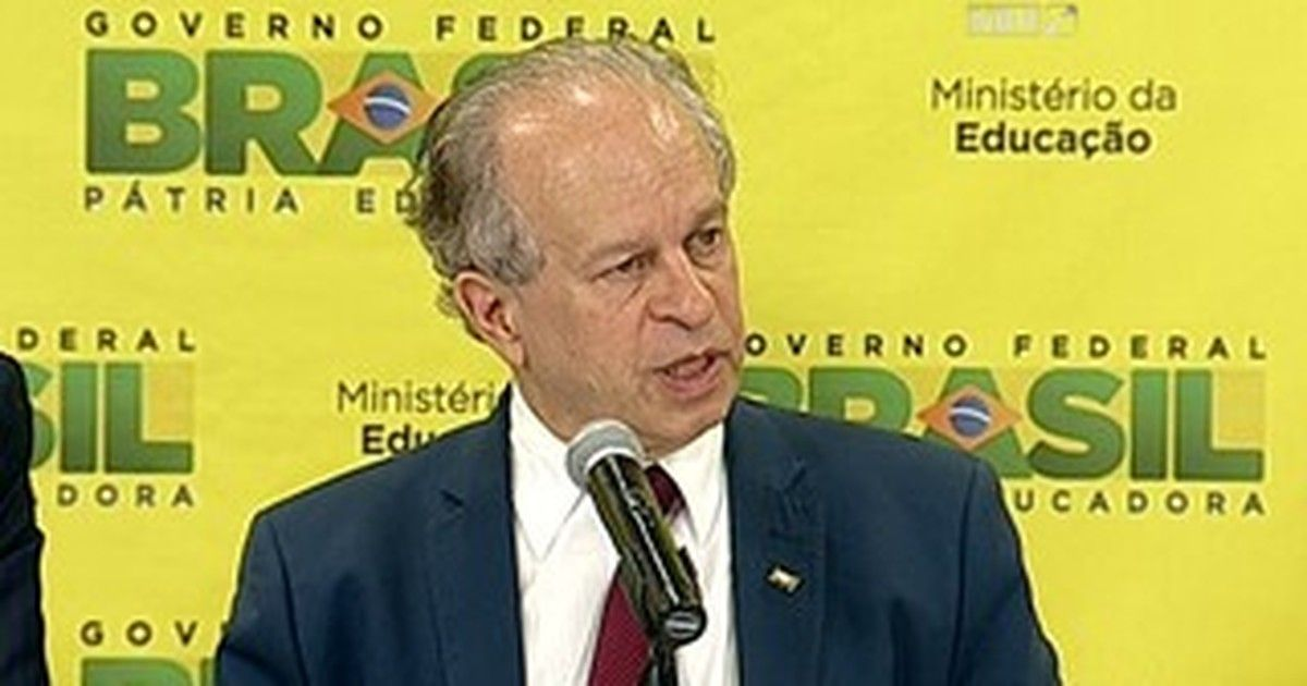Fies vai reduzir teto da renda familiar máxima permitida em financiamento
