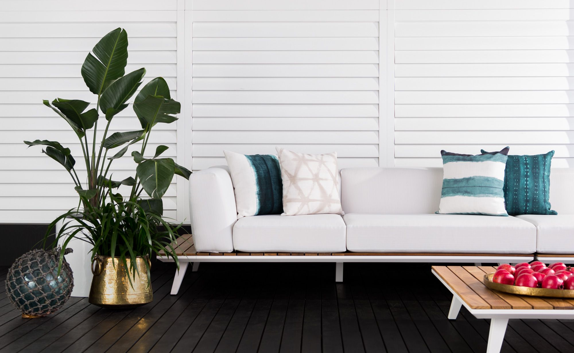 Summer Inspiration: Coco Republic's new outdoor Bahama Outdoor Modular Lounge and Shibori Cushion collection update any deck, veranda or courtyard space with stylish results. #CocoRepublic #ScatterCushions #Outdoor #Style #Home #Lounge